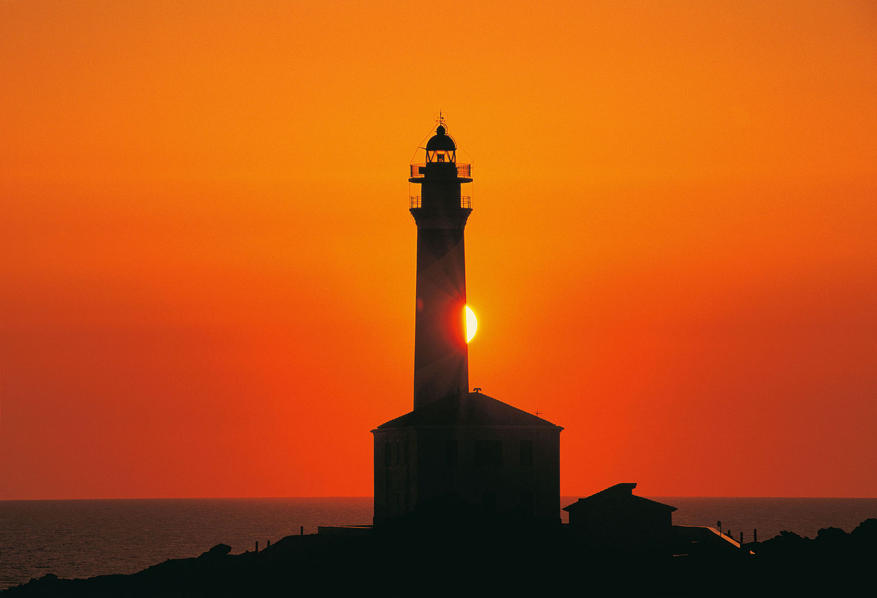 lighthouses28