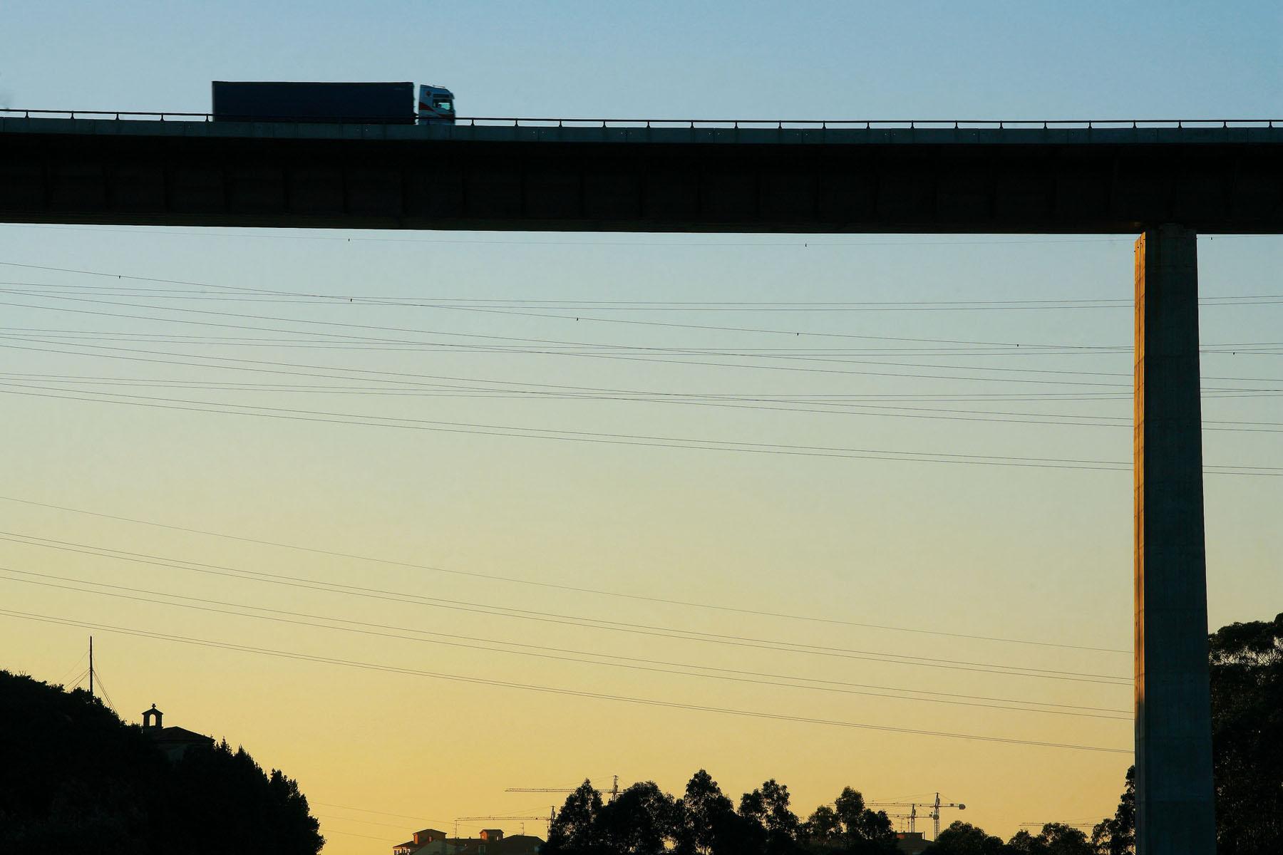la autopista del Cantabrico54