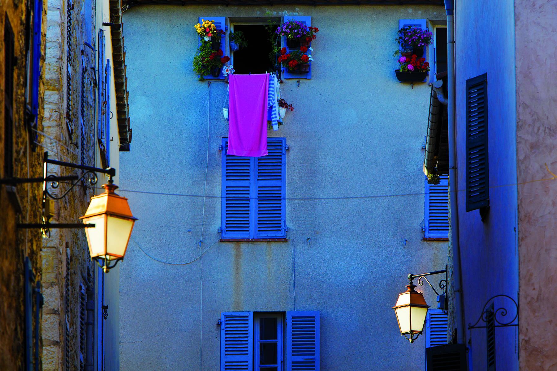 Valbonne-rue du Pointis1